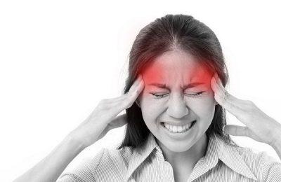 bị nhức đầu liên tục